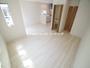 「ただいま!」のファーストステップが楽しくなるLDK 家具の配置もしやすい住空間です!(4月22日)撮影 志木市柏町8期の家(志木市新築一戸建て)