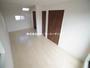 フレキシブルタイプの洋室11.01帖 室内物干しや明るい空間を演出するトップライトが標準仕様です!(2月10日)撮影|川越市霞ヶ関北3丁目の家(川越市新築一戸建て)