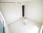 一日の疲れを癒せるプライベートルーム 温かい光に包まれたゆったりとした快適な居室です(5月6日)撮影 清瀬市下宿の家 全5邸 3号棟 (清瀬市新築一戸建て)