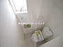 1階2階シャワートイレ完備 ペーパーホルダーが2つあるので、ストック管理もできますね!(5月6日)撮影 清瀬市下宿の家 全5邸 3号棟 (清瀬市新築一戸建て)