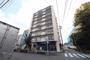建物は昭和51年築と古めのマンションですが、室内リフォームは築年数を忘れるほどの仕上がりになりました。 ぜひ一度現地にてお確かめください。